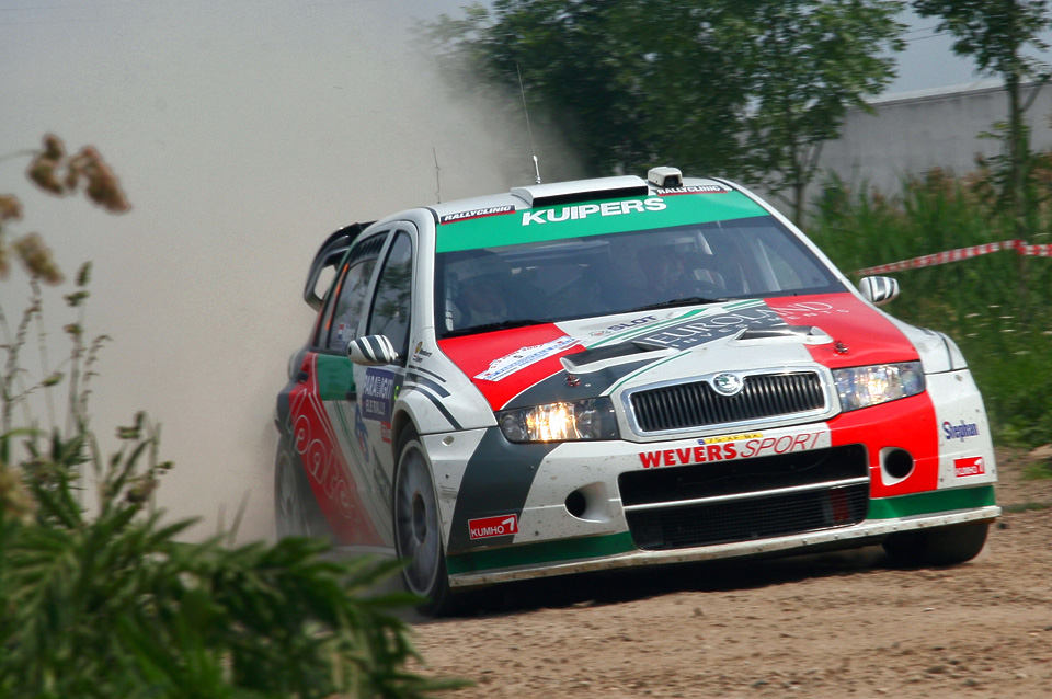 2007_Skoda_Fabia_WRC_Rene_Kuipers_Erwin_Mombearts.jpg