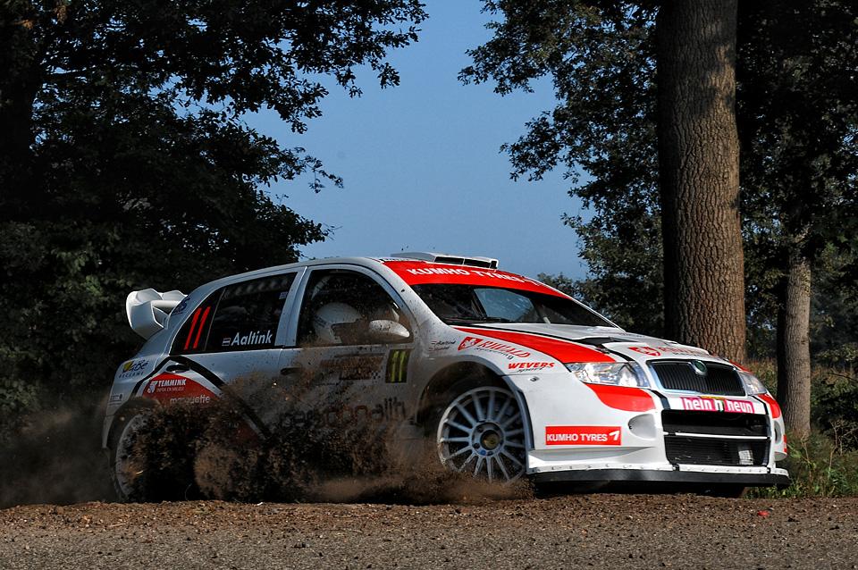 2009_Skoda_Fabia_WRC_Gert_Huzink_Aaldert_Aaltink.jpg